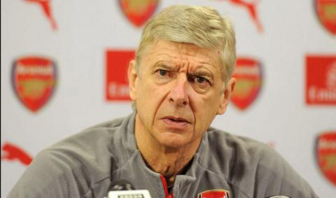 Arsène Wenger remains determined to stay on at Arsenal